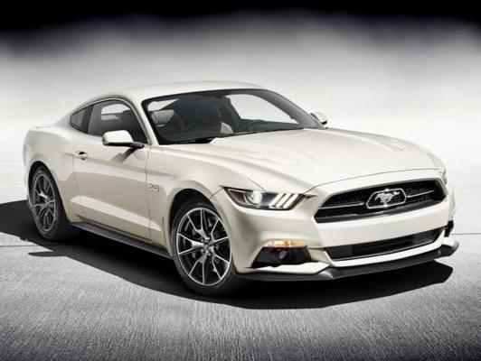 Puhább futóművet kap az új Mustang Európában