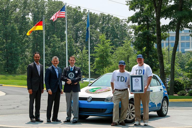 Volkswagen Golf TDI Clean Diesel új Guinness-világrekord fogyasztás terén