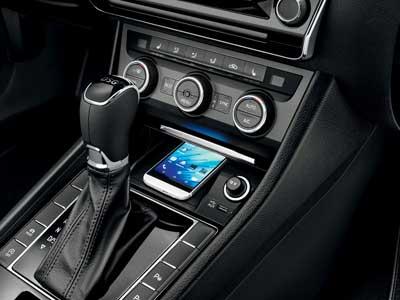 Škoda Superb Combi autó ergonomikus kialakítások