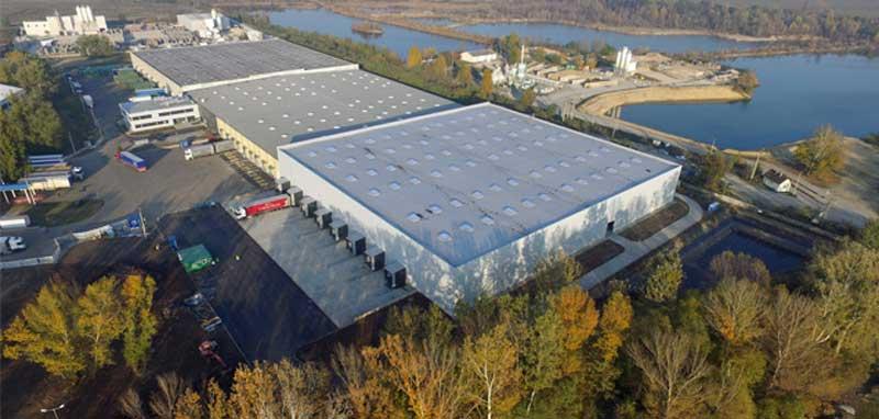 Vácon avatták a Michelin új logisztikai központját
