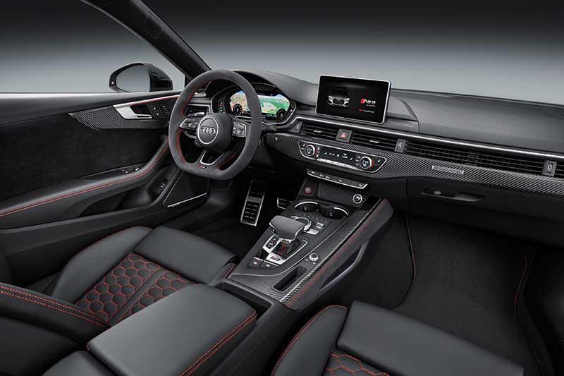 Itt a korszerű Audi RS 5 Coupé