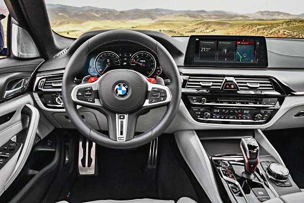 A korszerű BMW M5