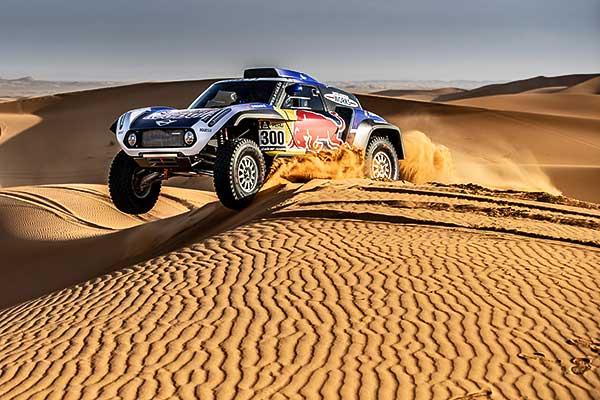 Carlos Sainz, Cyril Despres és Stéphane Peterhansel is a MINI színeiben gurul fel a 2019-es Dakar Rali rajtrácsára