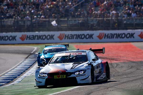 A BMW pilótája lett a DTM idei legeredményesebb újonca