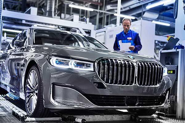 Kezdetét vette a modern 7-es BMW sorozatgyártása
