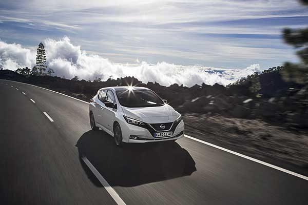 A Nissan nyilvánosságra hozta a LEAF 3. ZERO-t és LEAF 3. ZERO e+ Limited Edition változatot, amely nagyobb teljesítménnyel és megnövelt hatótávval érkezik