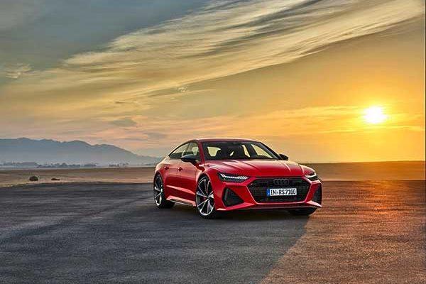 Csúcsteljesítmény és továbbfejlesztett kinézet: a korszerű Audi RS 7 Sportback