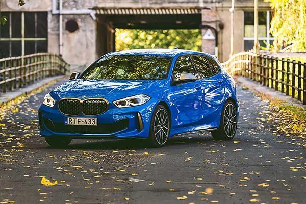 Megjött Magyarországra a modern BMW 1-es széria és a korszerű BMW 3-as Touring