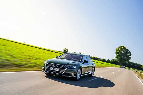 A luxus és a hatékonyság találkozása: az Audi A8 L 60 TFSI e quattro