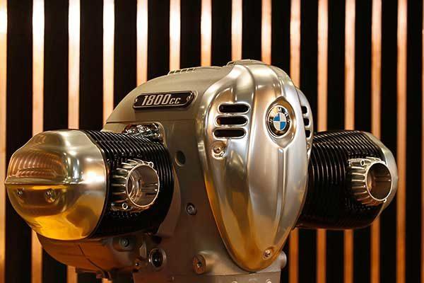 """A BMW Motorrad przentálja az R18 """"Big Boxer"""" motorblokkját"""