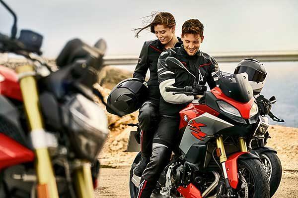 BMW Motorrad 2020-as motoros ruházat