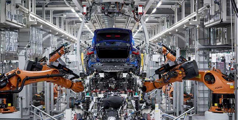 Megkezdődött az új BMW 4-es Coupé sorozatgyártása