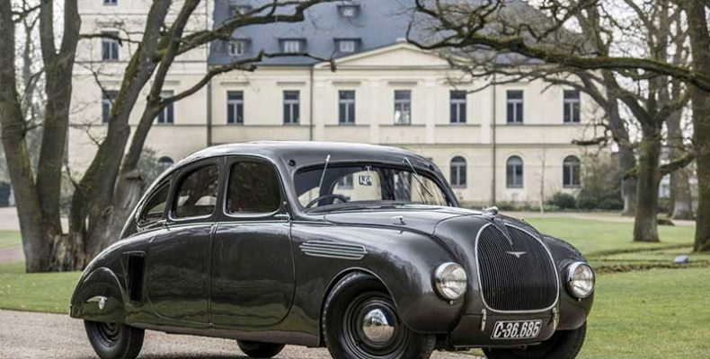 Áramvonalas márkaikon – 85. születésnapját ünnepli a Škoda 935 DYNAMIC