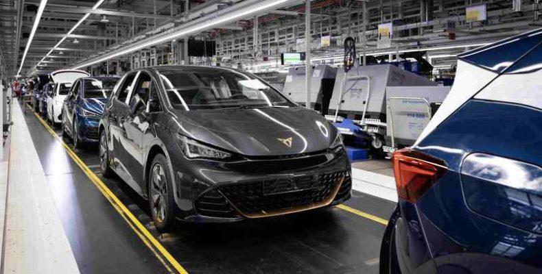 A CUPRA új korszakba lép az első 100%-ban elektromos járművének bevezetésével: a CUPRA Bornnal